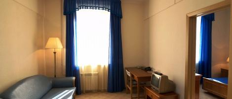 """Отель """"Турист"""": бронирование недорогих номеров в режиме онлайн"""